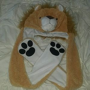 Other - Lion Beanie with mittens